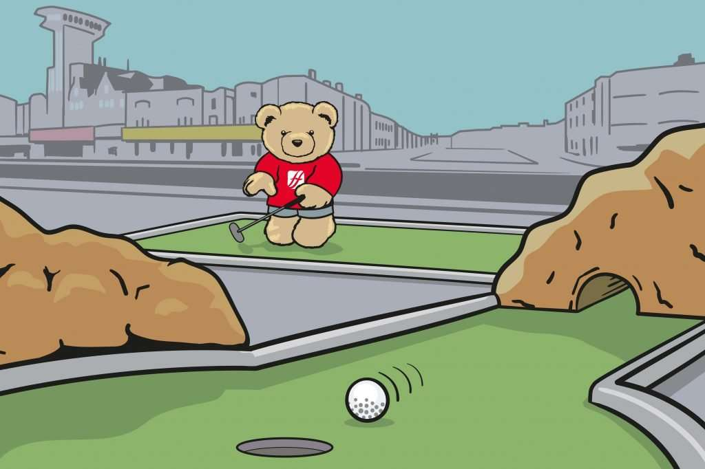 Eddie Plays Crazy Golf